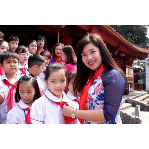 Một ngày học tập ngoại khóa vui vẻ và bổ ích của học sinh trường tiểu học Trần Phú, thị xã Sơn Tây, Hà Nội