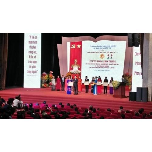 Hà Nội tuyên dương 127 nhà giáo mẫu mực, tiêu biểu