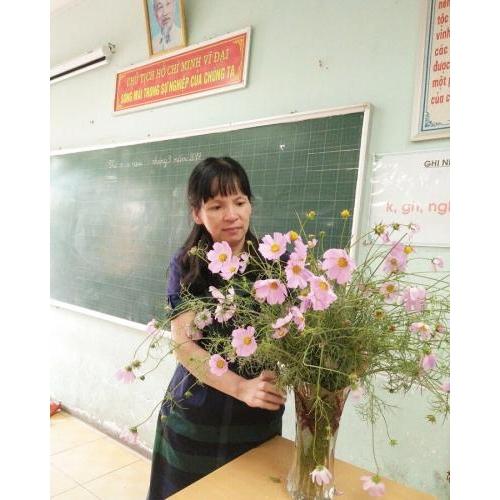 'Trồng người – Vun xới suốt 30 năm' - cô giáo Nguyễn Hồng Loan