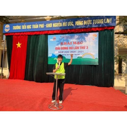 Trường Tiểu học Trần Phú tổ chức Khai mạc 'Giải Bóng rổ lần thứ 3'